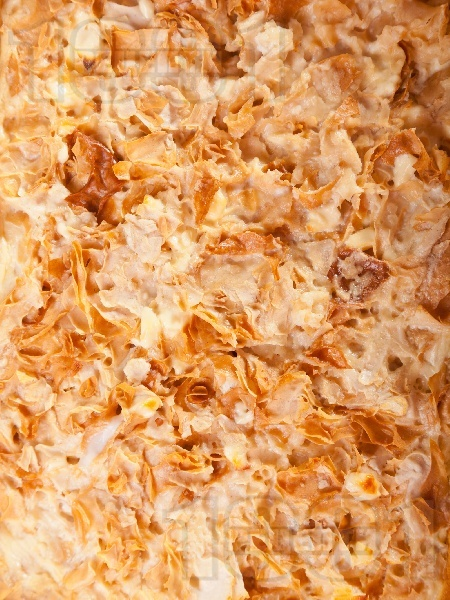 Домашна юфка със сирене на фурна - снимка на рецептата